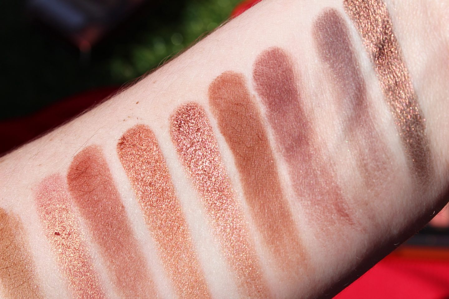 The Urban Decay Naked Heat Palette