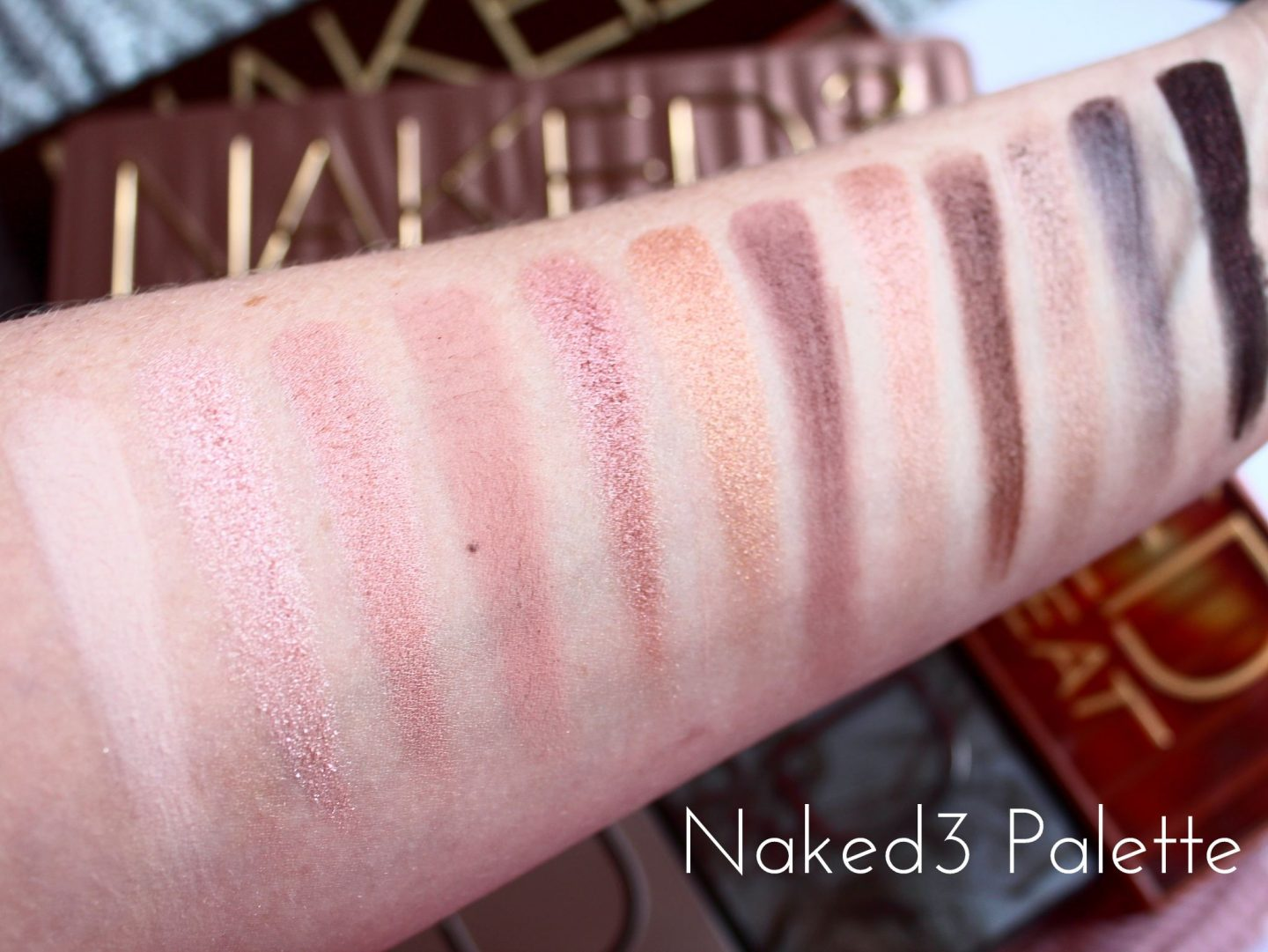 Urban Decay Naked Eyeshadow Palette Collection Swatched - Naked3
