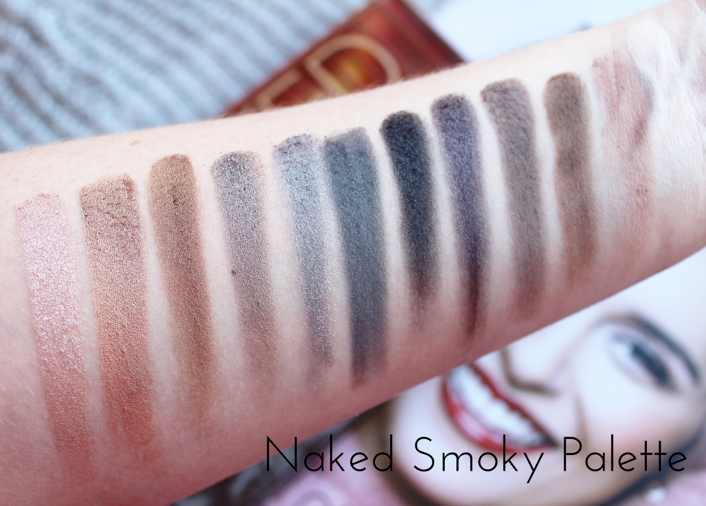 Urban Decay Naked Eyeshadow Palette Collection Swatched - Smoky