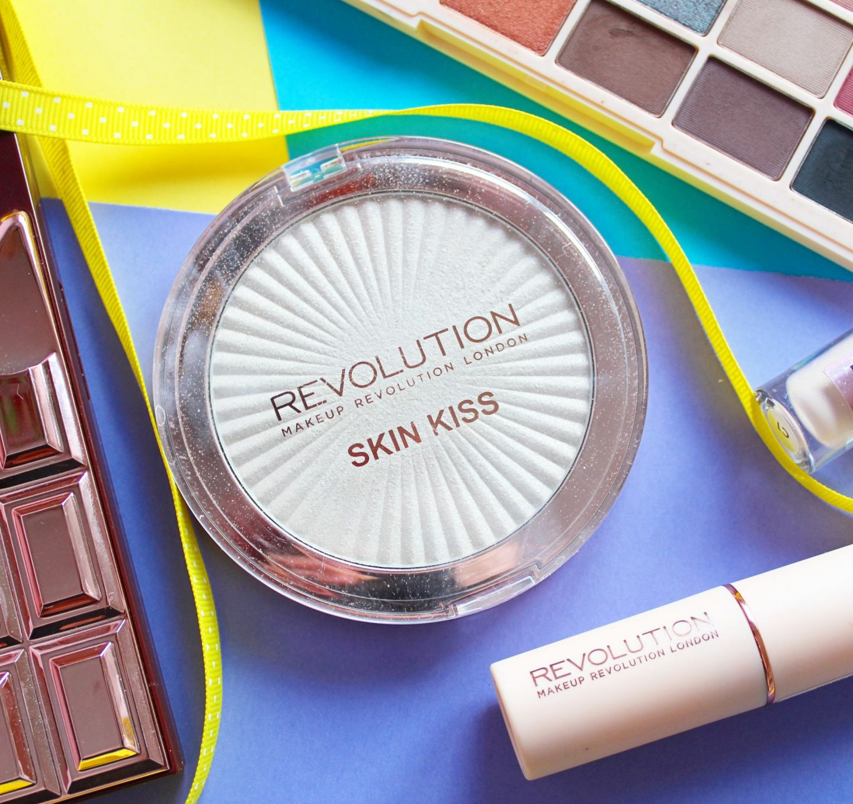 Revolution Beauty Skin Kiss Highlighter in Ice Kiss (Makeup Revolution)