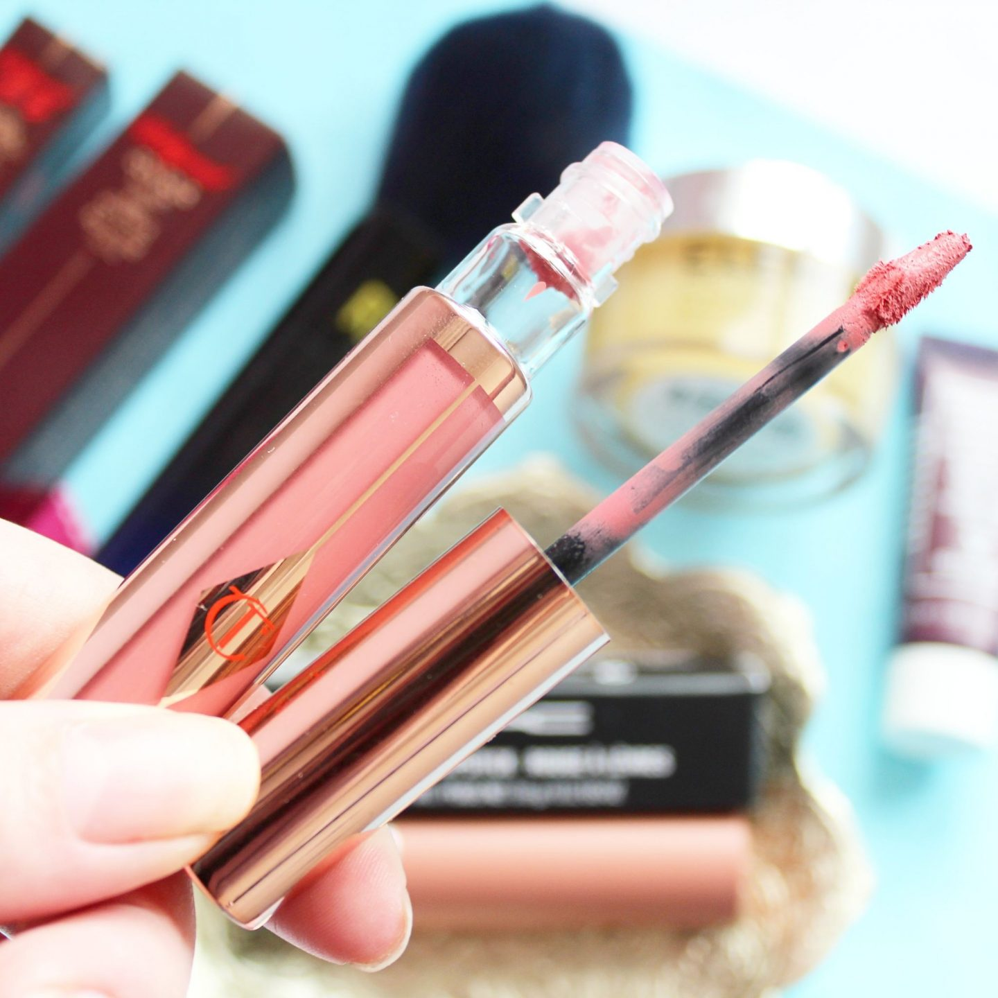 Latest in Beauty | Charlotte Tilbury Hollywood Lips Matte Contour Liquid Lipstick