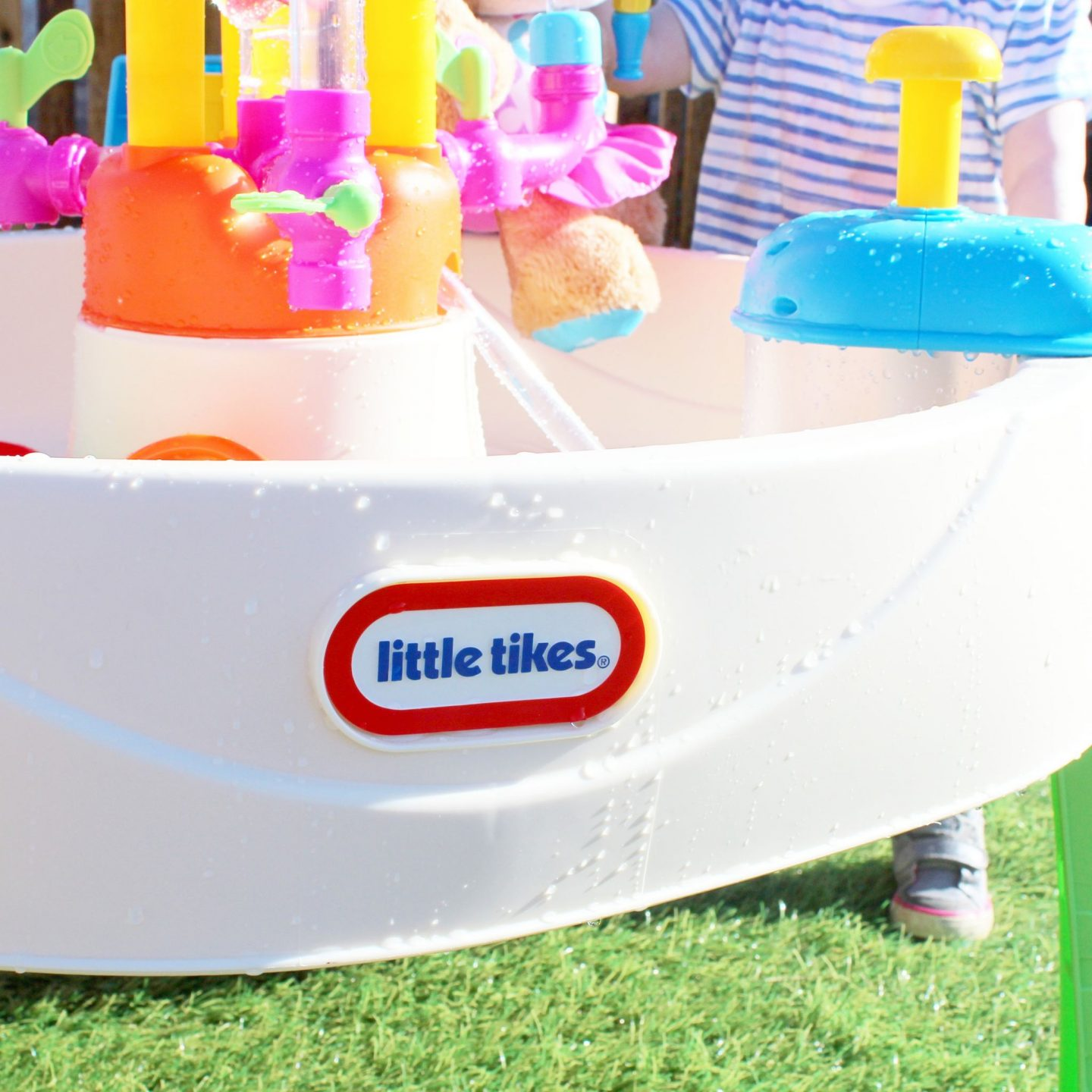 Get Outdoors this Summer with Little Tikes | Fountain Factory Water Tray