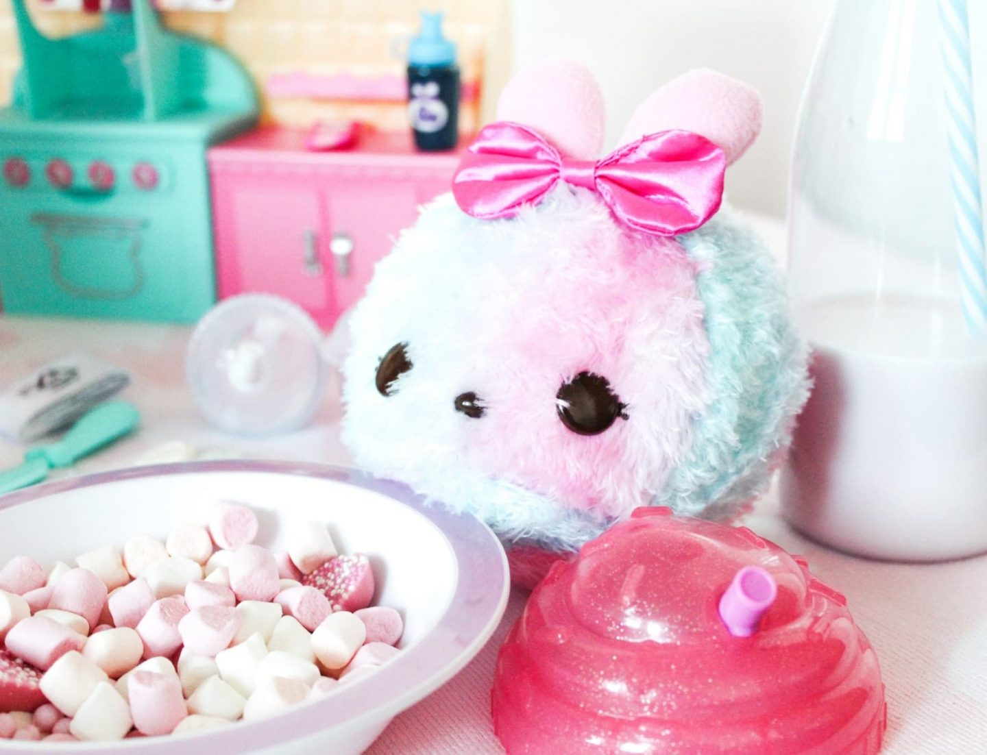 Num Noms Surprise in a Jar Scented Light-up