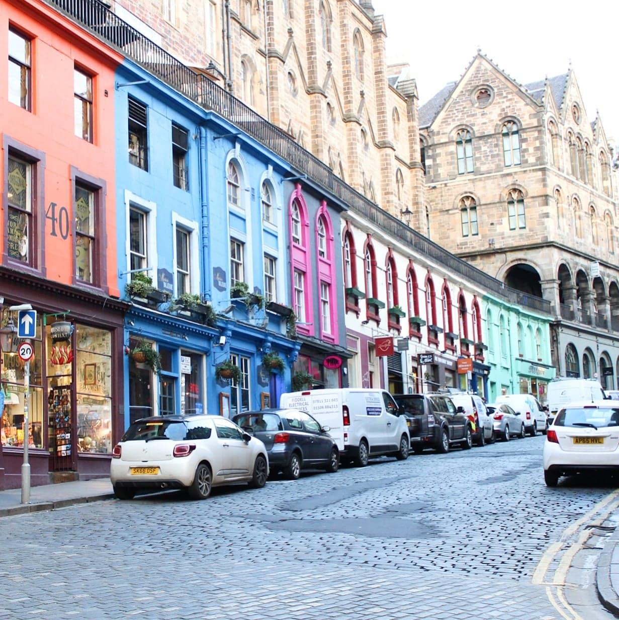 Exploring Edinburgh | Victoria Street