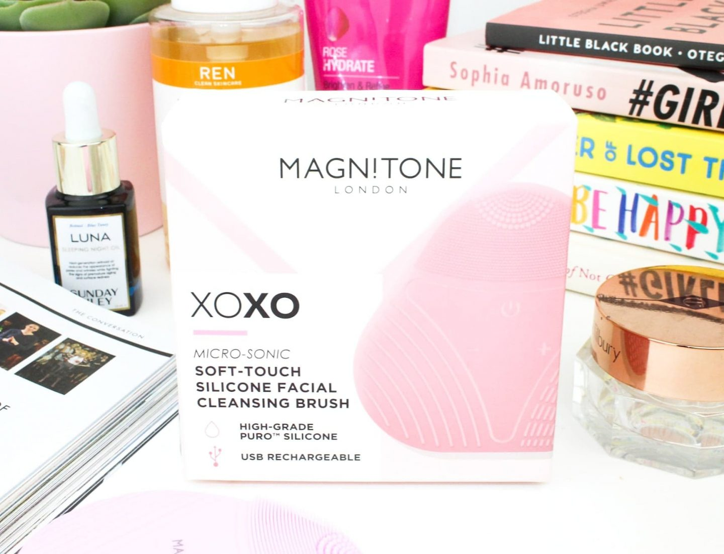 New Skincare | Magnitone London XOXO SoftTouch Silicone Cleansing Brush
