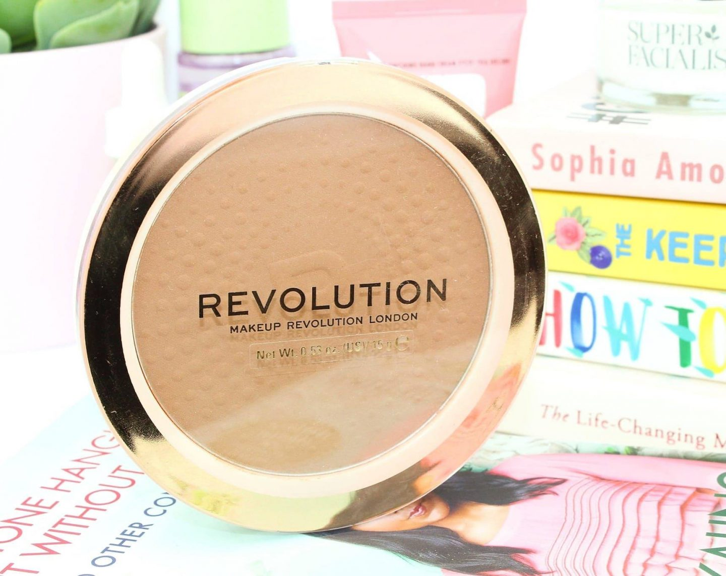 Revolution Mega Bronzer 01 Cool Review