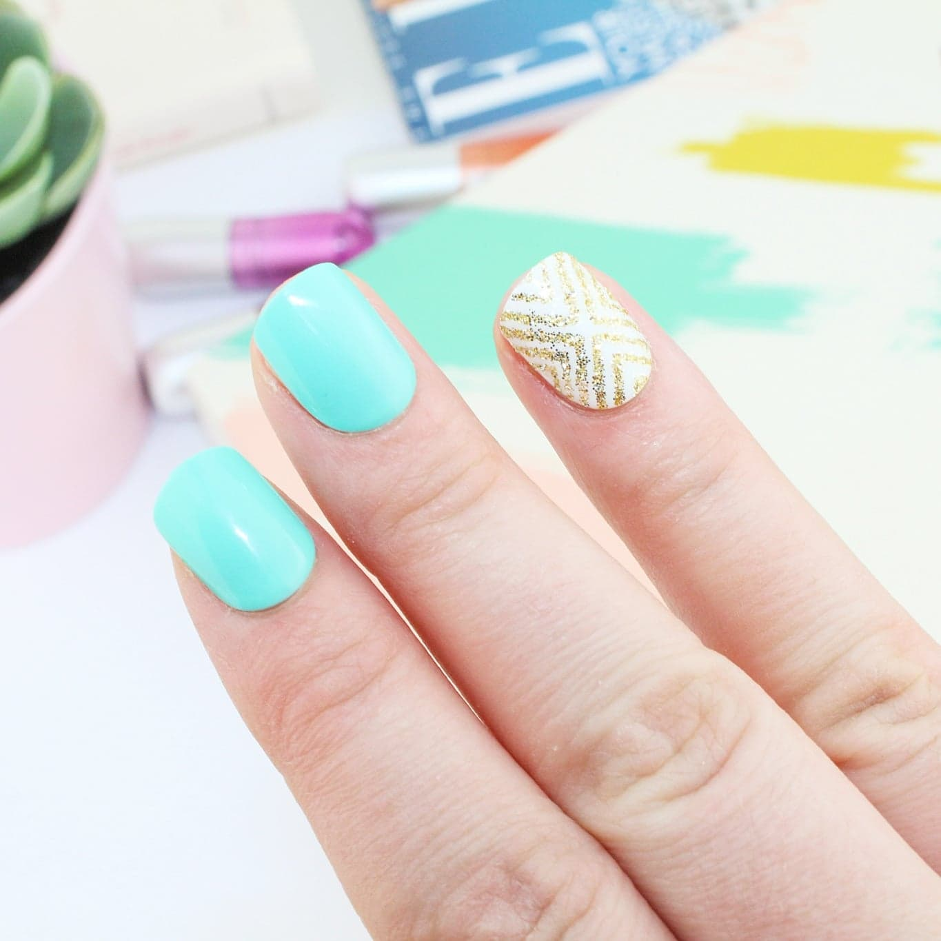 Instant Spring Nails in Minutes | Kiss imPRESS Press-on Manicure