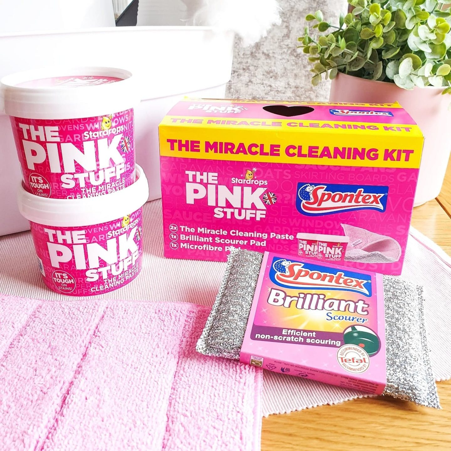 20 Uses for The Pink Stuff Miracle Cleaning Paste from Stardrops